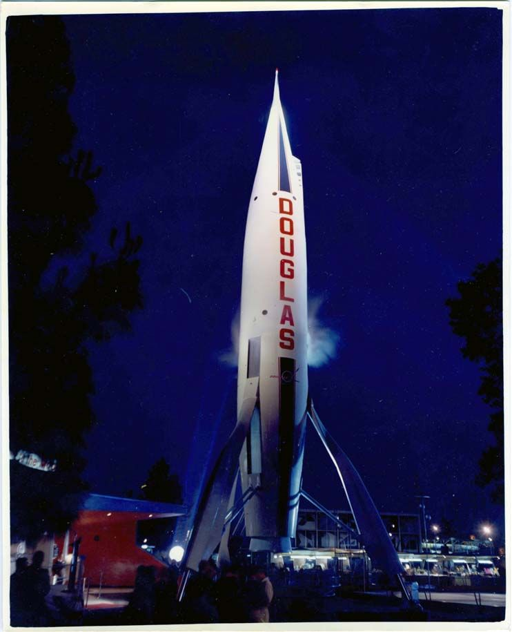 Rocket To The Moon When Douglas Took Over As The Attraction S Sponsor 1961 Vintage Rockets Vintage Disneyland Planets Art
