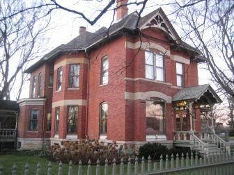 Dekalb Il Illinois A Home In The Neighborhood North Of Downtown Victorian Architecture House Plans With Photos Horror House