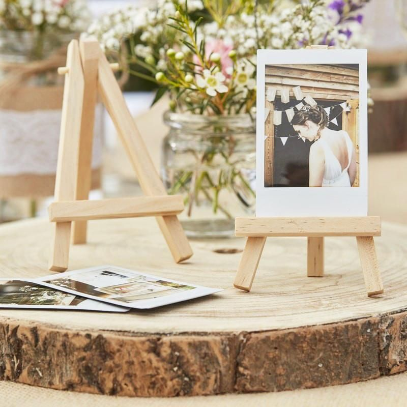 3 Mini Staffelleien Fotorahmen Tischdeko Hochzeit Holz Mini Easles Event In 2020 Rustikale Hochzeitstische Staffelei Rustikale Hochzeits Deko