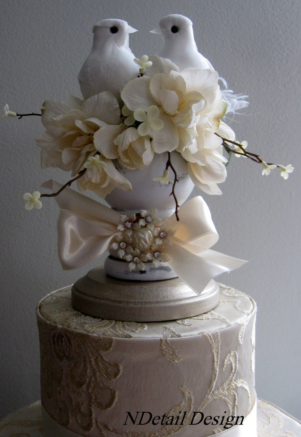 Rustic wedding cake topper display garden finial and
