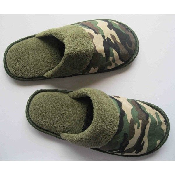 61a0125eaf3b7 comfortable sports men camo slippers ❤ liked on Polyvore featuring ...