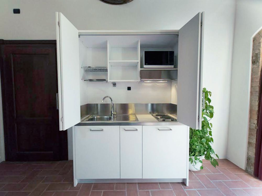 Mini Cucine Monoblocco A Scomparsa Progettate Per Piccoli Spazi