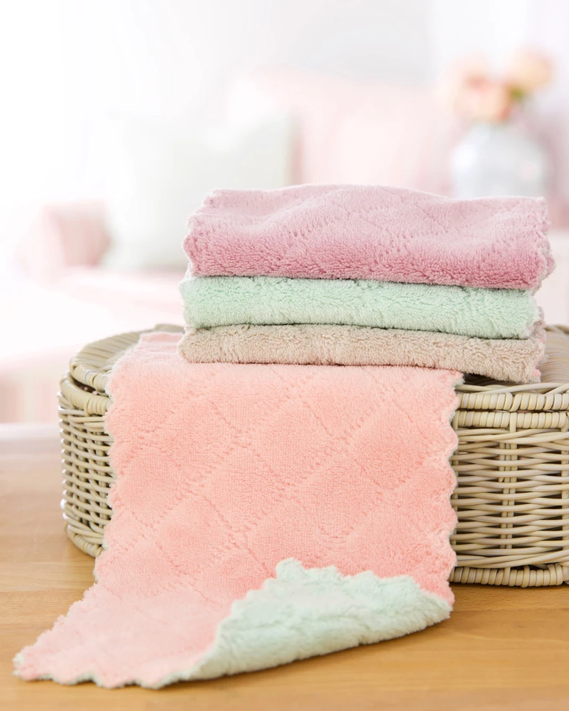 Makeup Remover Microfiber Cloths · 4 Pack in 2020