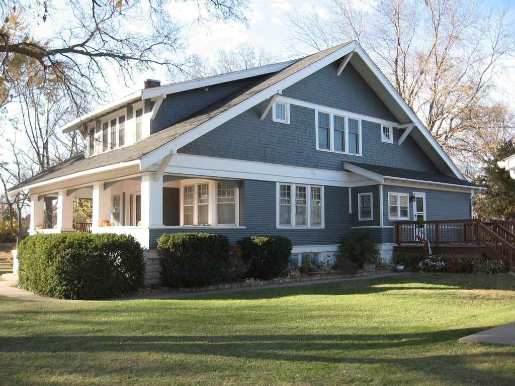 Classic craftsman construction featuring wide eaves for House plans with shed dormers