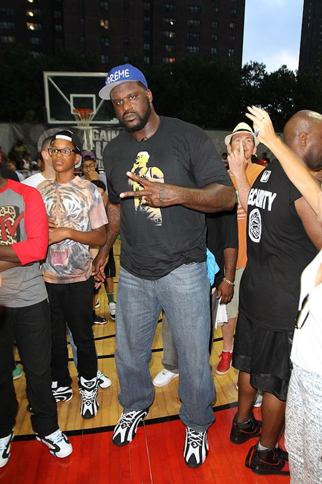 variety styles of 2019 attractive style large discount Shaq wearing #Reebok #Shaqnosis | Sneakers | Wwe sports ...
