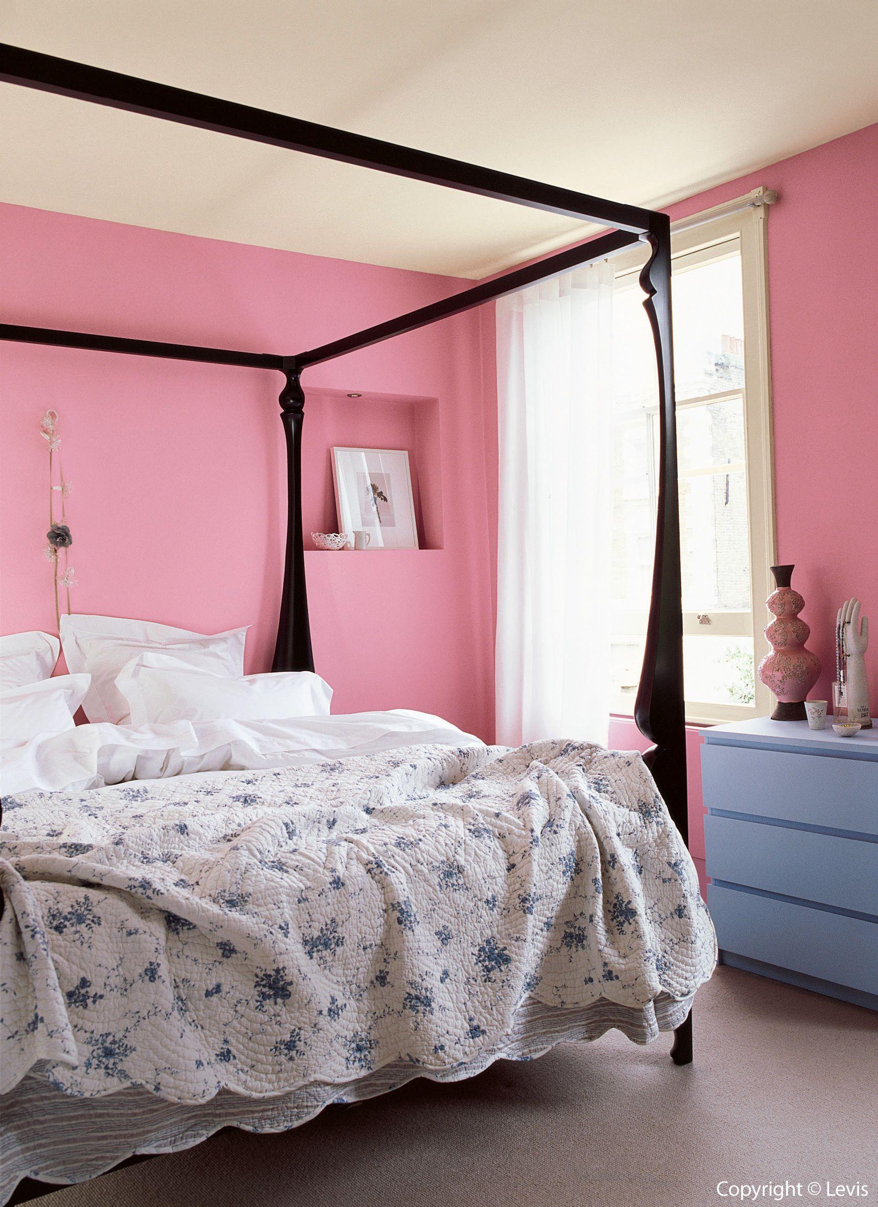 Muren: Wilde roos Plafond: Kamperfoelie Kastje: Delfinium ...