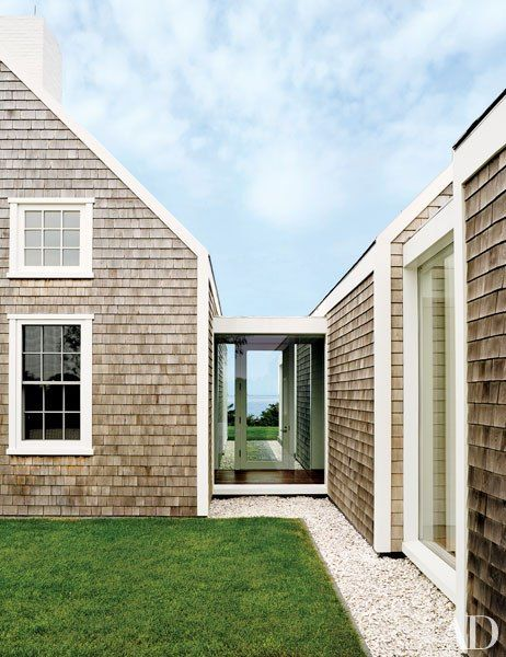 An Ingenious Vacation Compound on the Island of Nantucket Idee - Idee Facade Maison Moderne