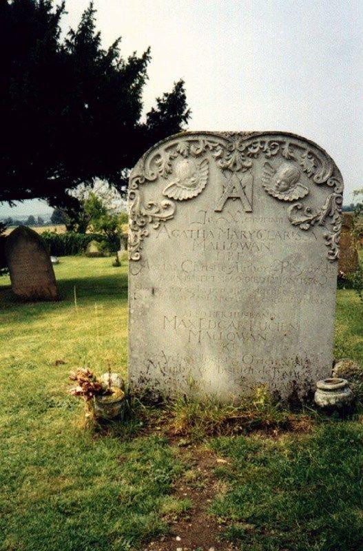 Agatha+Christie's+grave