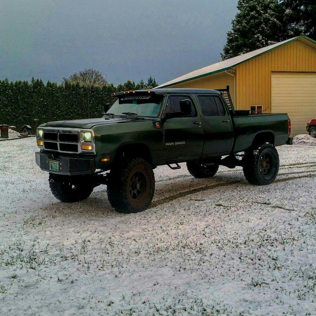 first gen cummins lifted 4 door best looking trucks pinterest cummins dodge trucks and. Black Bedroom Furniture Sets. Home Design Ideas
