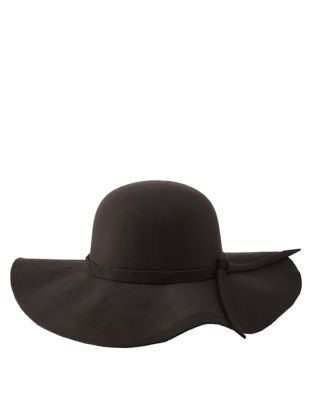Wide Brim Floppy Hat by Charlotte Russe