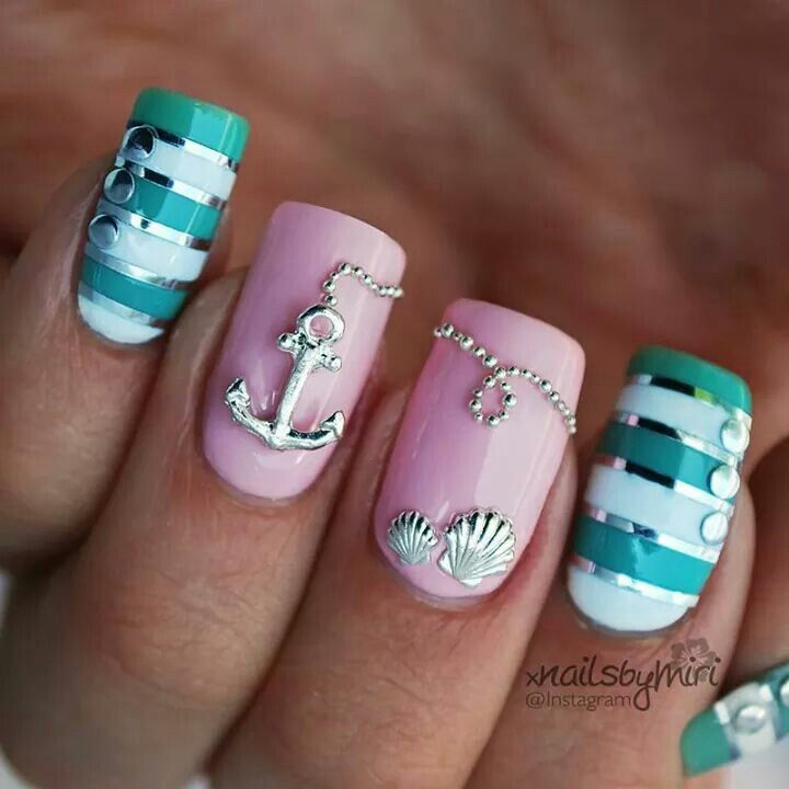 15 Nautical Nail Designs To Copy This Summer- for my Ma - Navy Pink Nails Pinterest Navy Pink