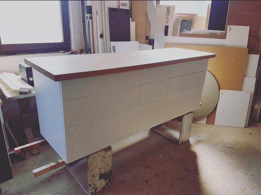 Waschtische Nach Massanfertigung Waschtisch Unterschrank Waschtischunterschrank Waschtischplatte Weiss Badezimmer Badezimmerdesign Badezimmerdek Wash Basin