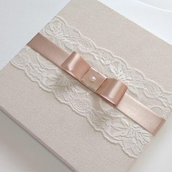 ad8c3e1be7ec Caixa com renda e laço. Interno com bordado ou dizeres para convite de  madrinha de casamento. <br> <br>Para outros tecidos, valores promocionais e  modelos ...