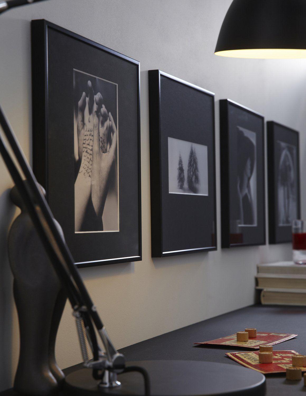 Des Cadres Noirs Au Design Sobre Et Elegant Cadres Sur Mur Cadres Idee Deco