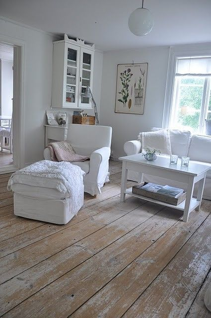 Pin By Amy Bryant On Old And New Living Interior Design Living Room Warm Home Home Decor