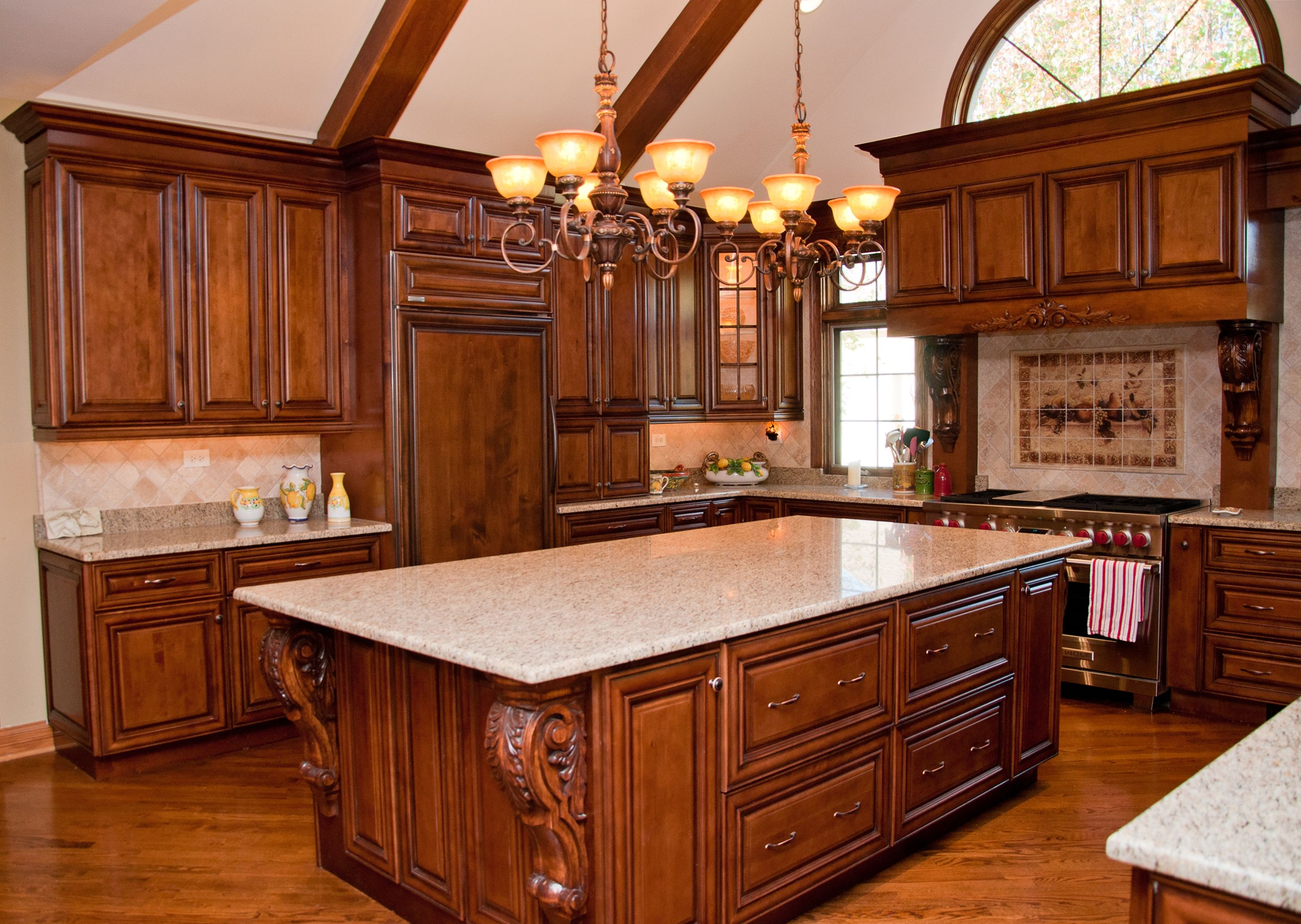 Chicago Il This Kitchen Addition Adds An Old World Flavor To A New Design With Choice Cabinet Cambridge Doo Home Kitchens Kitchen Design Refinishing Cabinets