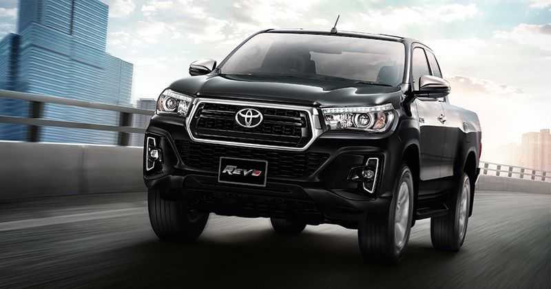 Toyota Hilux Revo Facelift And Hilux Revo Rocca Unveiled In Thailand Toyota Hilux Toyota Thailand