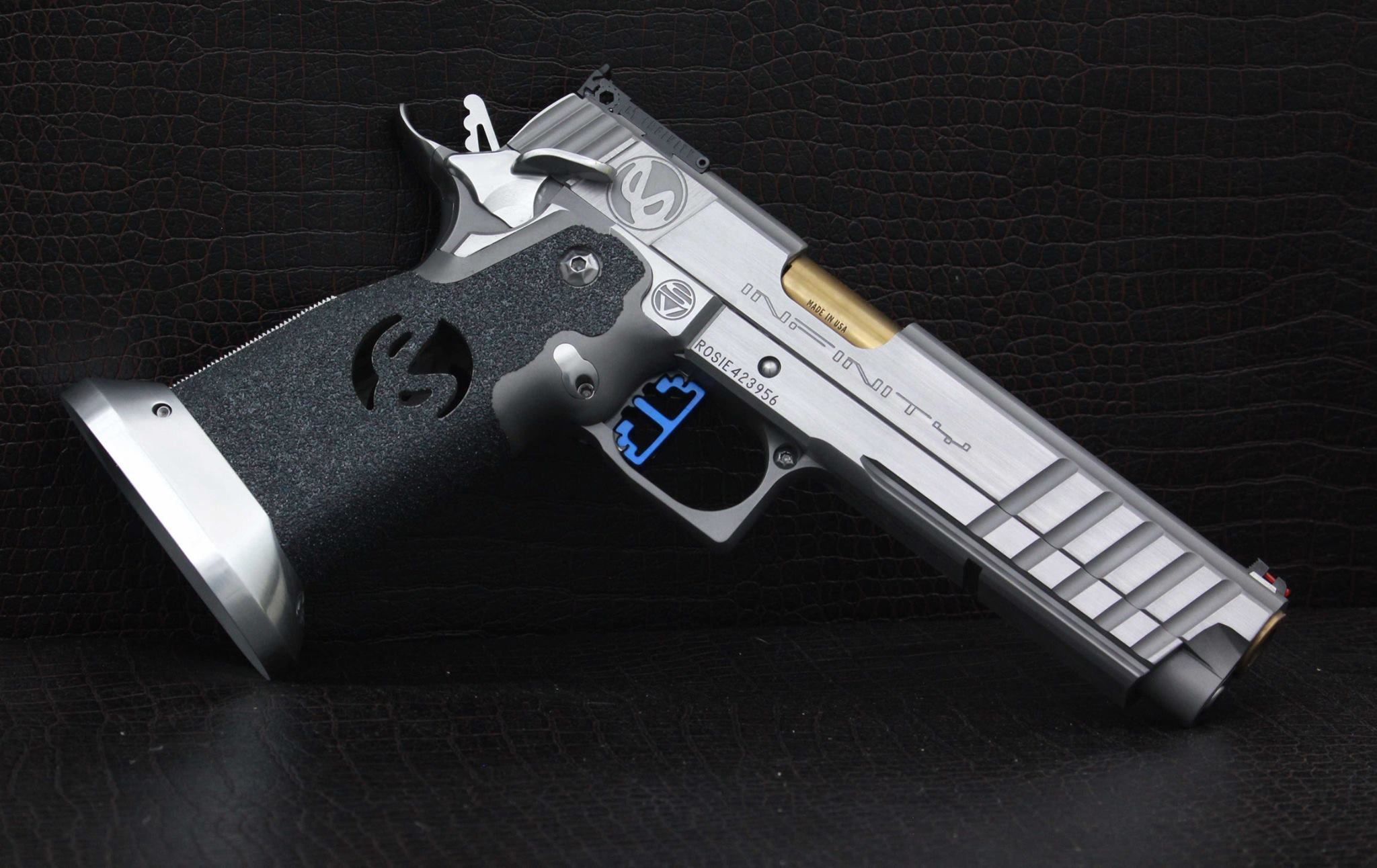 SVI Infinity - 5.4in Stainless Sight Tracker in Stainless Steel