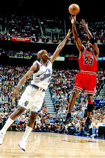 popular brand 100% genuine wholesale online Michael Jordan sinks NBA finals game winning shot over Bryon ...