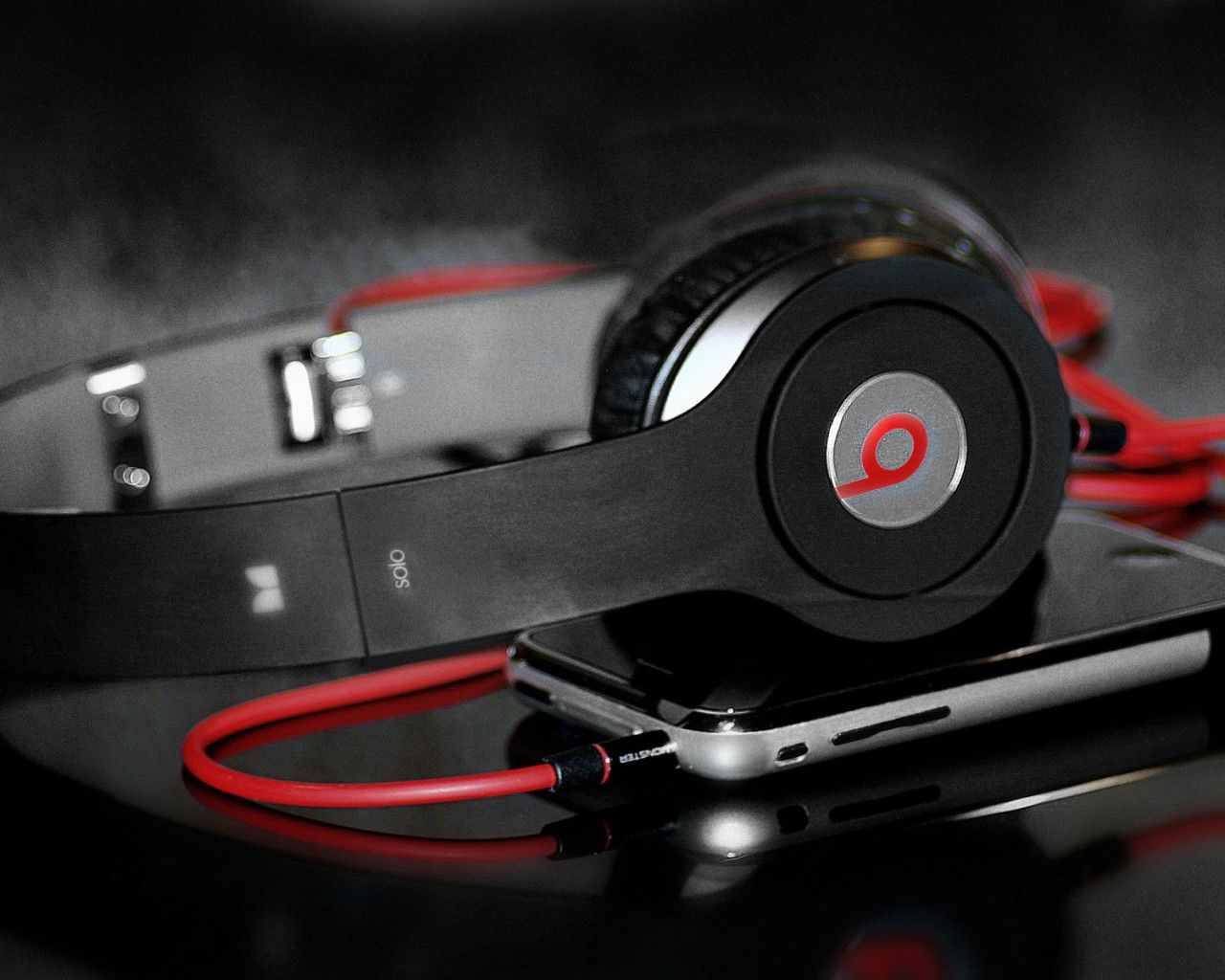 Beats Solo Headphones Red Line Photography Product Free Hd Wallpapers Beats Headphones Music Headphones Headphones