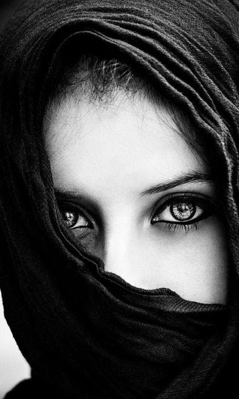 Hide face with naqab | Facebook DP | Eyes, Black white ...