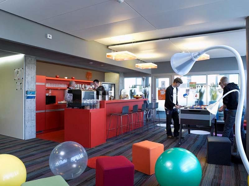 google office in zurich. The Best Place To Work: Google And Their Office In Zurich | Employee Room C
