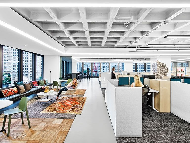 Iida S New Headquarters By Gensler Thinks Big Chicago Scale Commercial Interior Design 3d Interior Design Interior Design