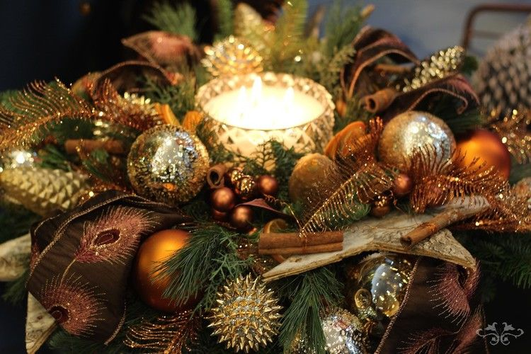 Ideas and Inspirations for Luxury Christmas Decorations Table