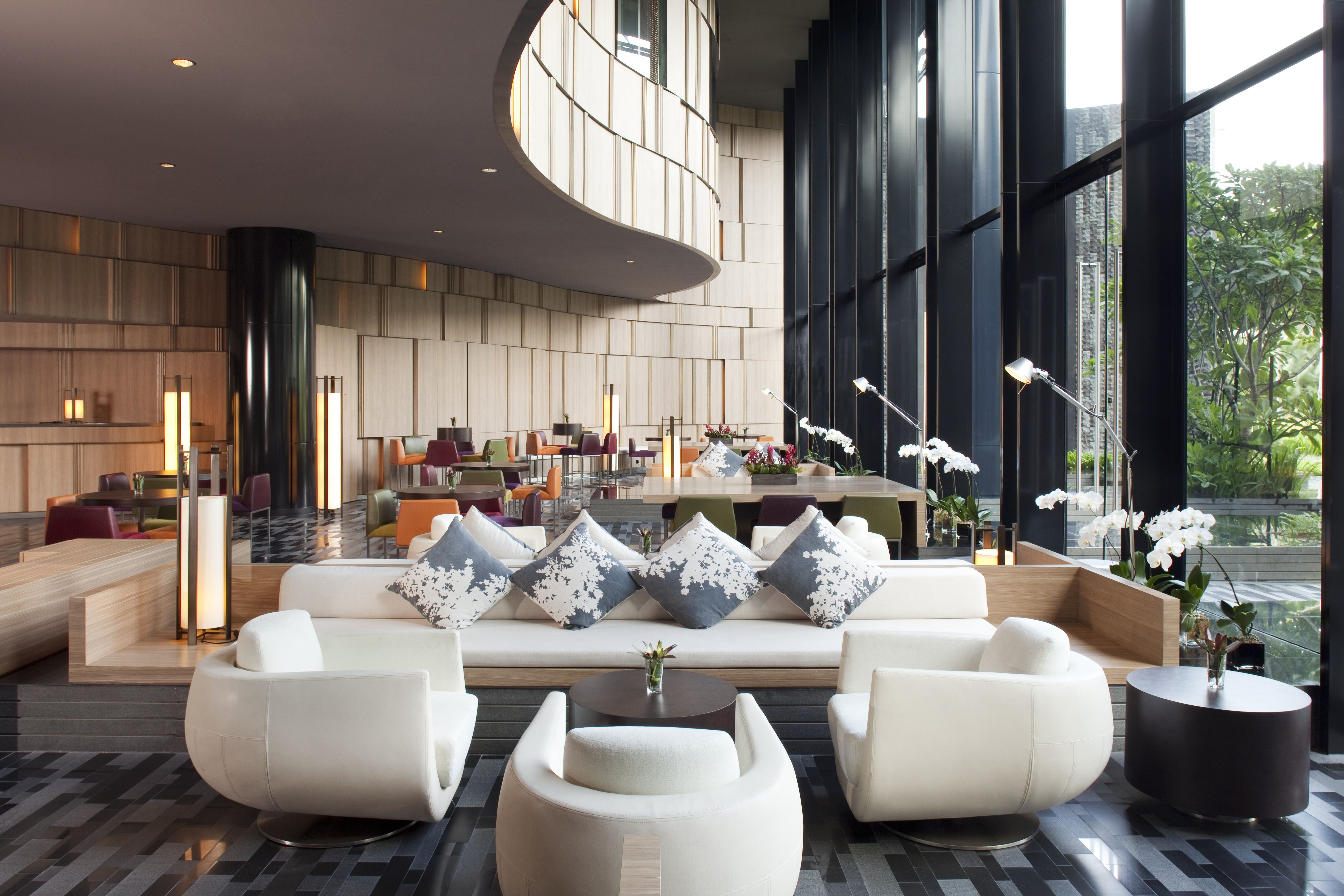 htl recliner sofa singapore glider moroso the lobby at crowne plaza changi has