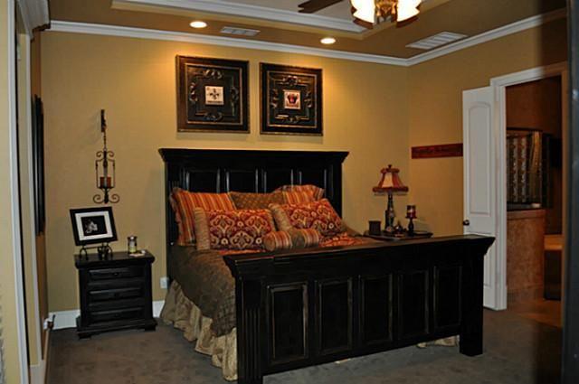 Guest Bedroom Black Red Gold Color Scheme Bedroom Color Schemes Black Gold Bedroom Guest Bedroom