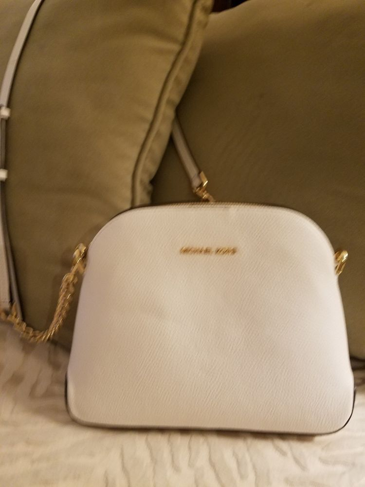 900b3c9bb Michael Kors small White Crossbody Purse excellent condition #fashion  #clothing #shoes #accessories #womensbagshandbags (ebay link)