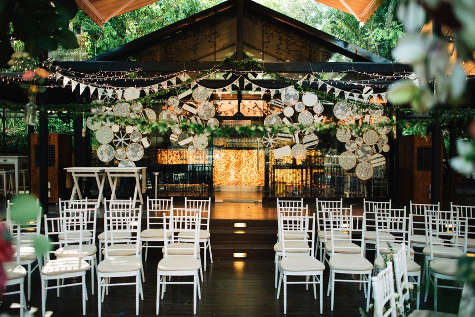 Venue At Nosh Restaurant Wedding Gown By For Love And Lemons Decor Team As Featured On The Notebook