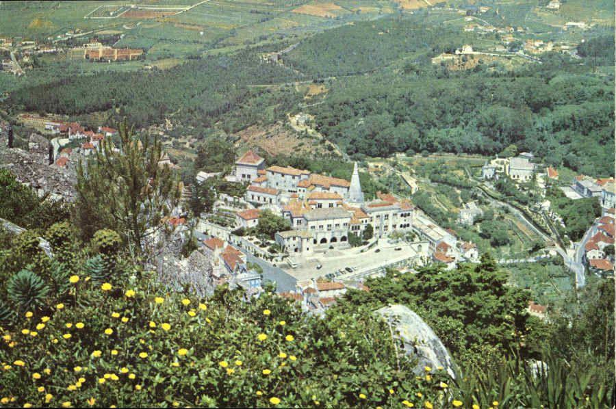 O Palácio visto do Castelo dos Mouros