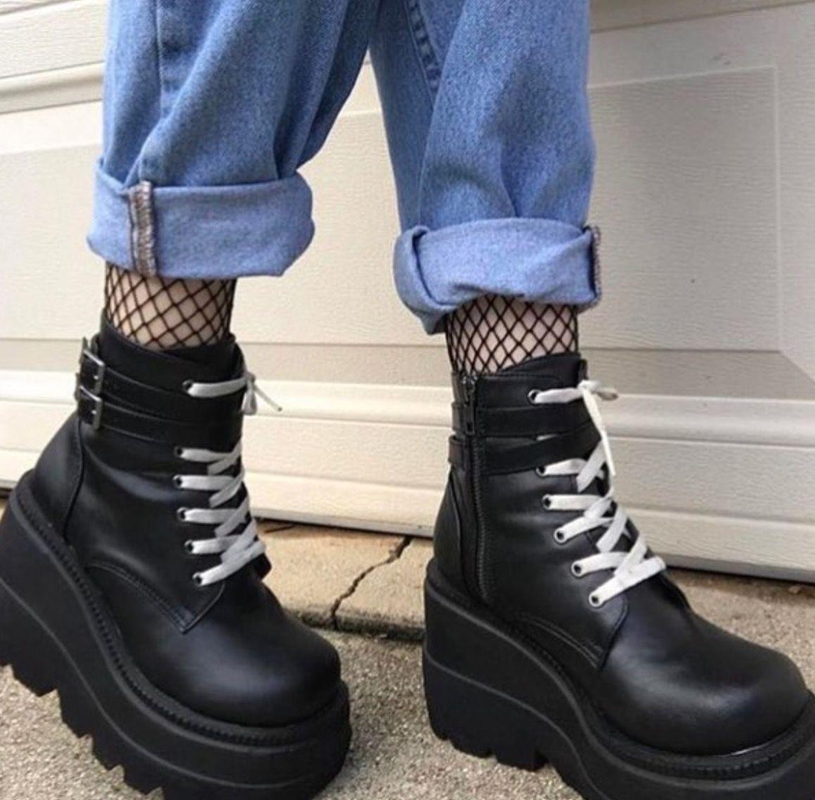 on your feet // footwear // shoes // socks // aesthetic /