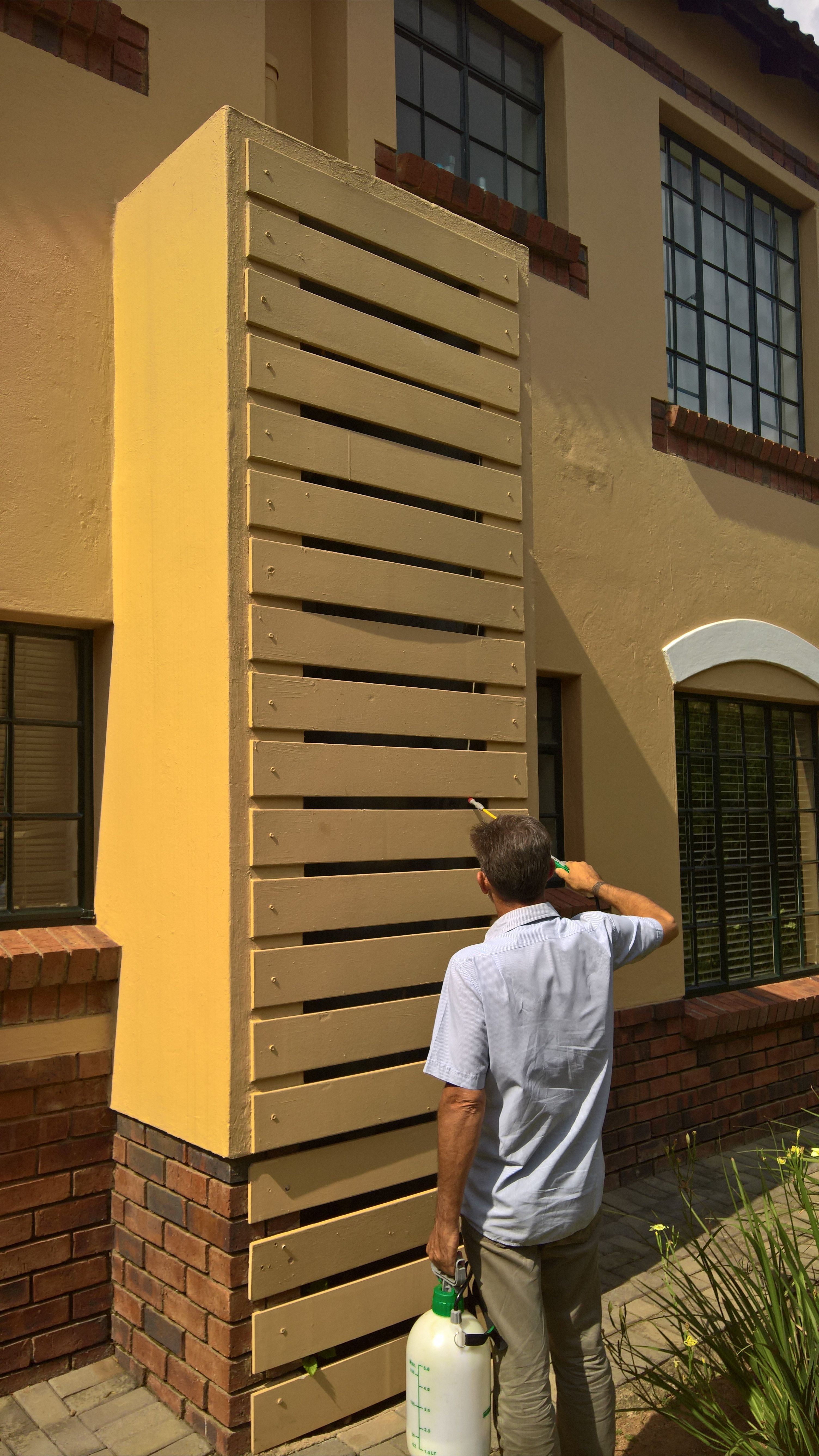 Bee Removal In Johannesburg Bees In A Geyser In Sandton Bee Removal Bee Bees Nest Removal
