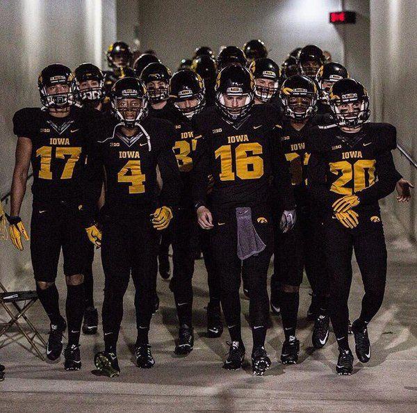 Iowa Football Reveals Alternate Uniforms For Blackout Game | Basketball Scores