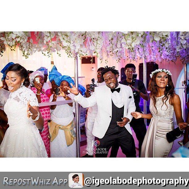 That kind of #saturday #tbt @bayoomoboriowo @cuteloola @simplymorayo #weddingday #weddingParty #notAphotographer Photo by @igeolabodephotography by jideodukoya