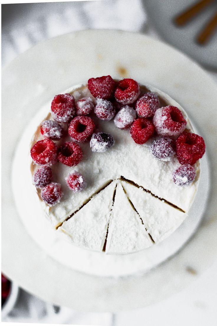 Almond raspberry cake with mascarpone buttercream recipe