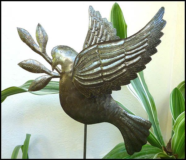 Metal dove garden art plant stake metal yard art for Decorative garden stakes