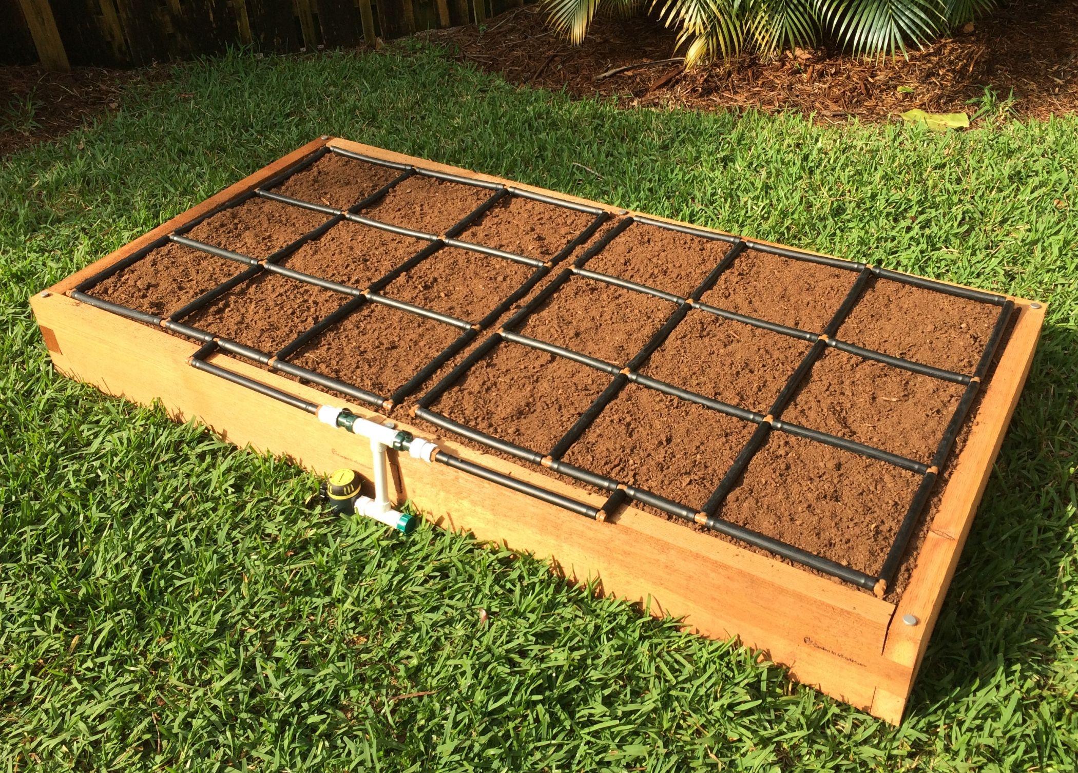 Toolfree, Cedar Raised Garden Bed Kits w/ Irrigation. We