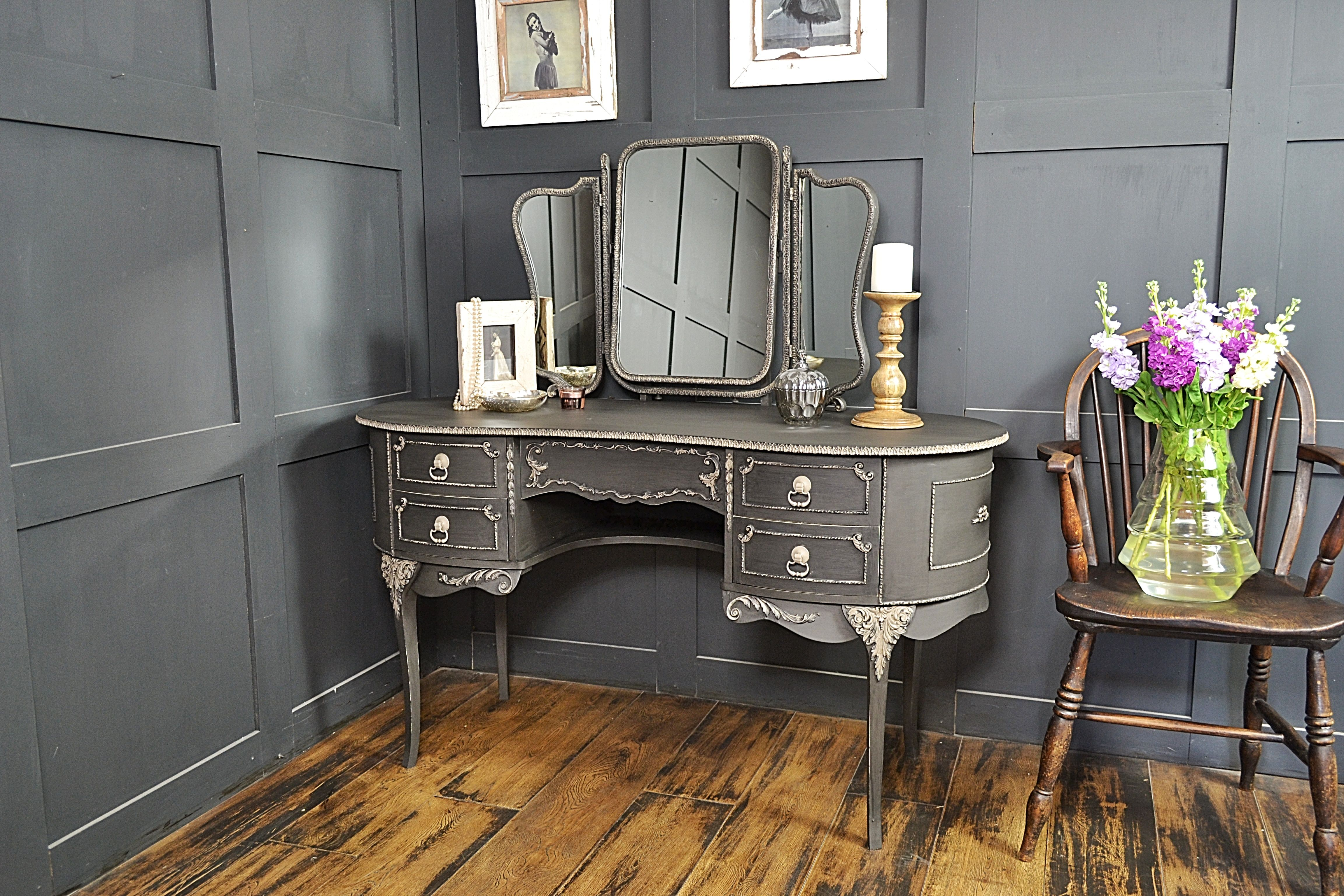 Best We Ve Painted This Gorgeous French Louis Dressing Table In 400 x 300
