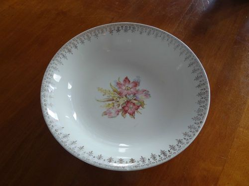 Lilly Bell 22 Kt gold vintage dish