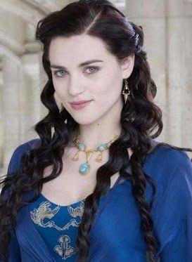 irish beauty - dark hair and blue