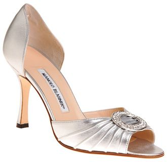 5901mbE Manolo Blahnik Catalina Patent D'orsay Pump Silver UK