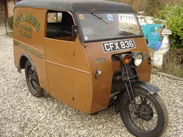 52b18fcfcd2955 We re swooning over this  vintage Reliant regency van from 1947. A rare  beauty!