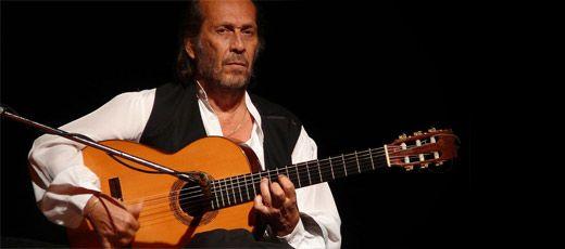 Paco De Lucia Famous Flamenco Guitarist Paco De Lucia Guitar Lessons Fingerpicking Guitar For Beginners