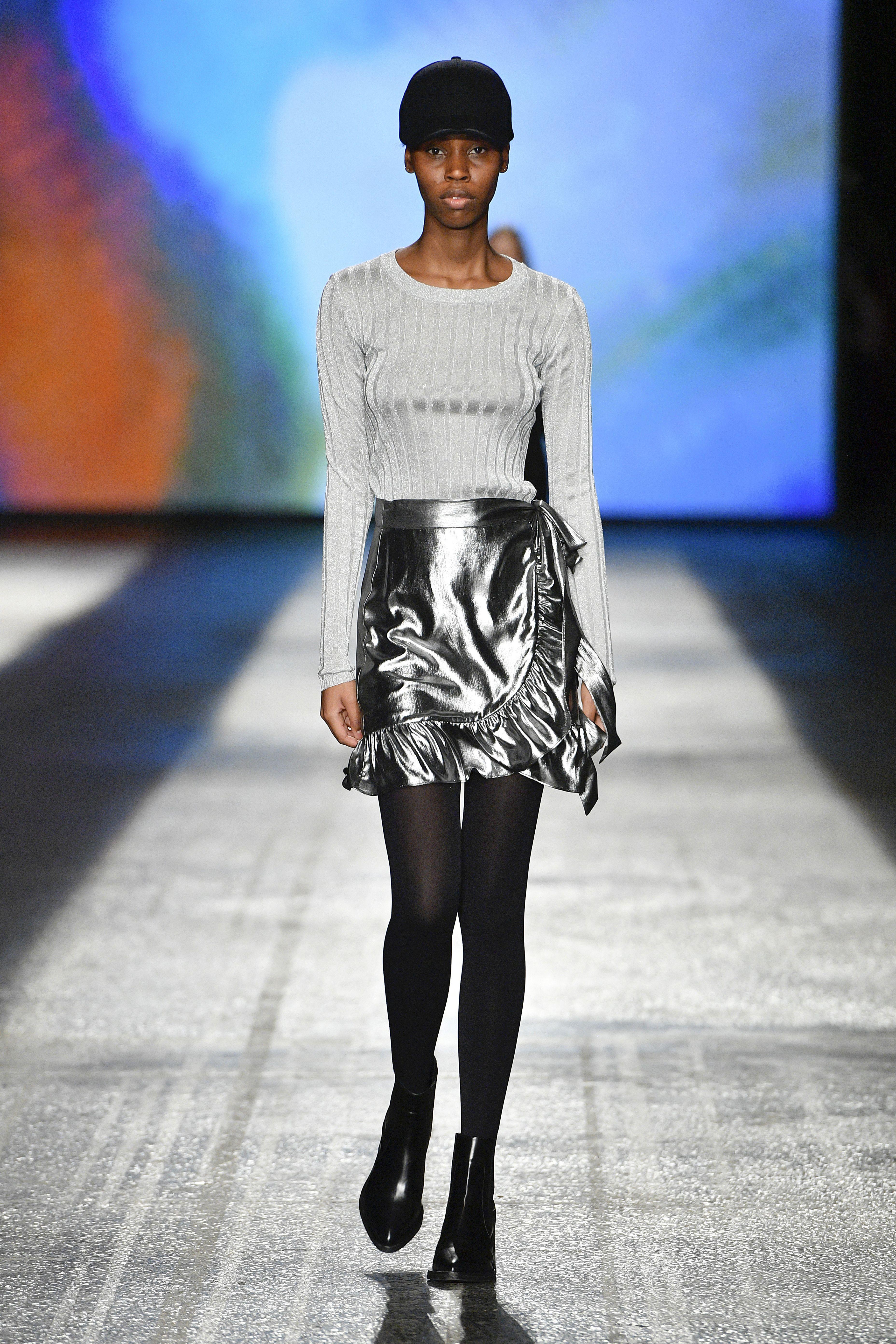 Blouse Tass o n 10131 Silver Skirt Limon s Wrap Skirt