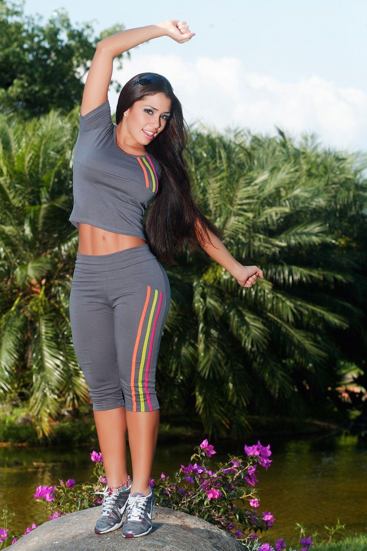 ropa deportiva de mujer - Buscar con Google  38cd704cebc6