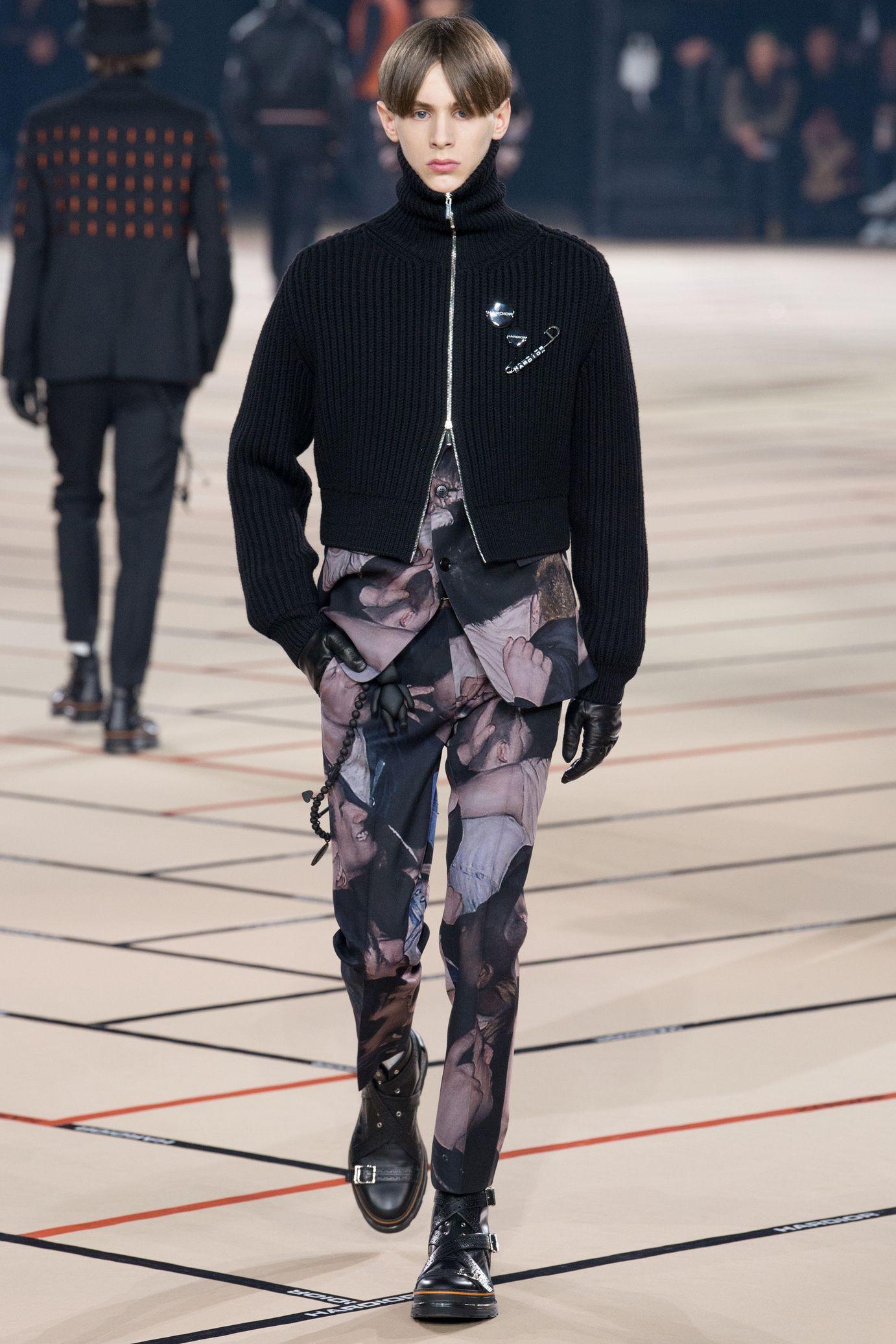 Défilé Dior Homme  Automne-hiver 2017-2018   D E F I L E S 591be2c83498