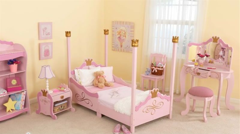 Fun and Stylish Little Girls Bedroom Furniture Design, Princess ...